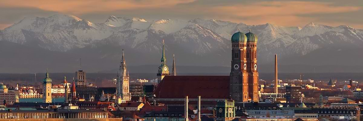Picture shows the skyline of Munich - a symbol for the insight into Germany which Relocation Information Service provides.